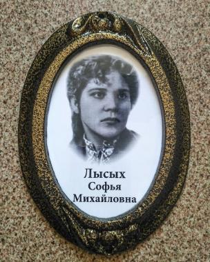 Заказать фото на памятник -  в Новосибирске по низкой цене,срочное фото.быстрое фото.